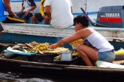 Iquitos - floaing village 2