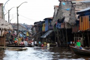 Iquitos - floaing village 3